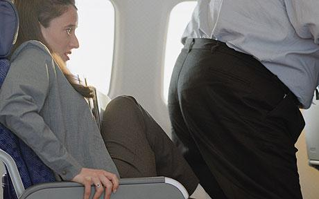 plane-middle-seat
